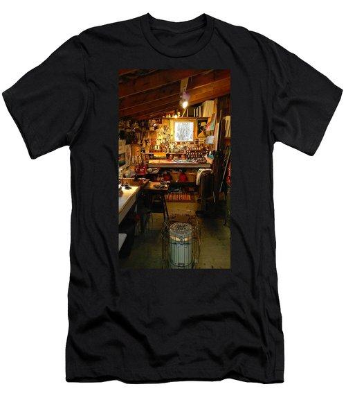 Paint Shed Men's T-Shirt (Athletic Fit)