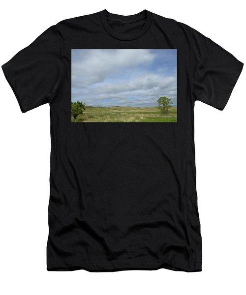Painted Plains Men's T-Shirt (Athletic Fit)