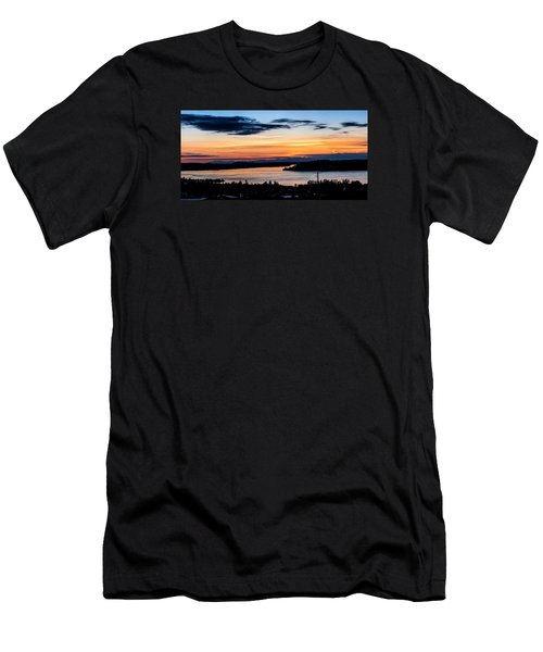 Panoramic Sunset Over Hail Passage  Men's T-Shirt (Athletic Fit)