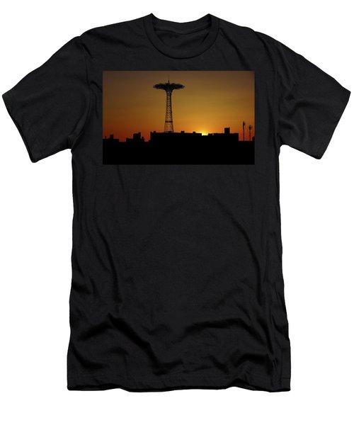 Parachute Jump Coney Island Men's T-Shirt (Athletic Fit)