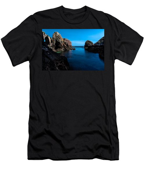 Paradise Lost At Sea Men's T-Shirt (Athletic Fit)