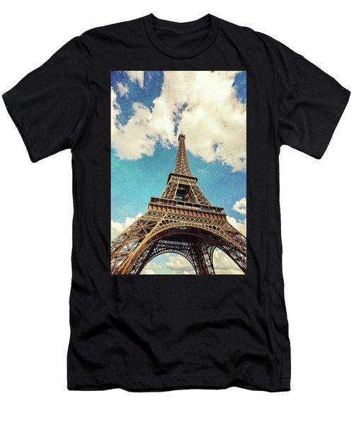 Paris Photography - Eiffel Tower Men's T-Shirt (Athletic Fit)