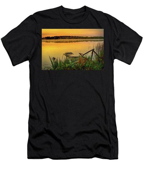 Patient Pier Men's T-Shirt (Athletic Fit)