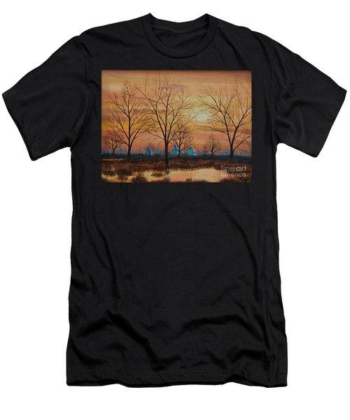 Patomac River Sunset Men's T-Shirt (Athletic Fit)
