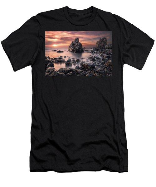 Peaceful Reign Men's T-Shirt (Athletic Fit)