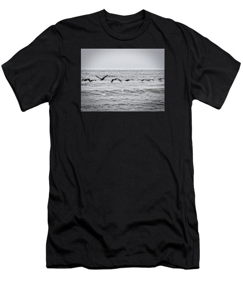 Pelican Black And White Men's T-Shirt (Athletic Fit)