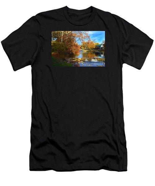 Pendleton Falls Park In The Fall Men's T-Shirt (Athletic Fit)