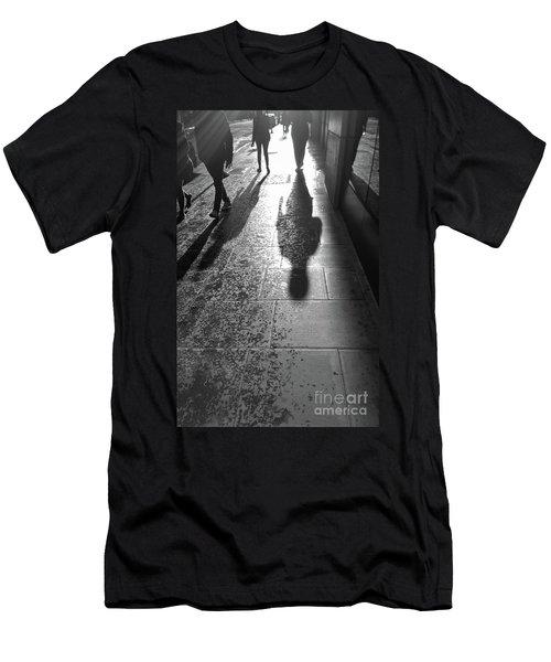 People Men's T-Shirt (Athletic Fit)
