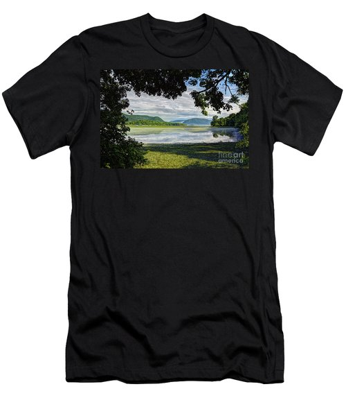 Perfectly Framed Men's T-Shirt (Athletic Fit)