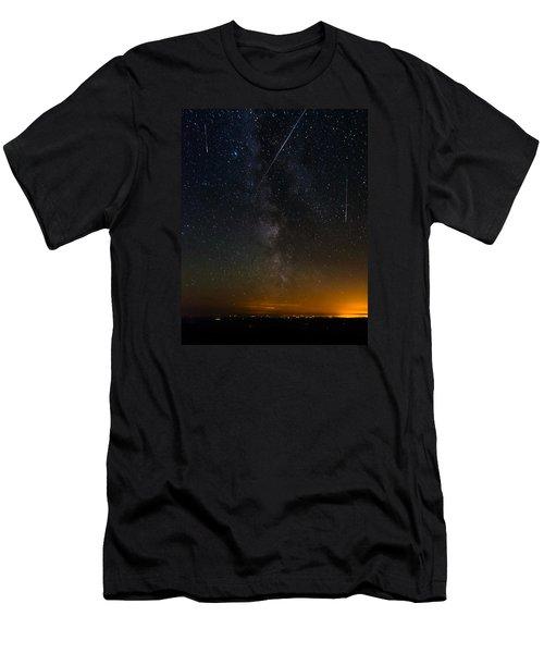 Perseids Meteor Shower Men's T-Shirt (Athletic Fit)