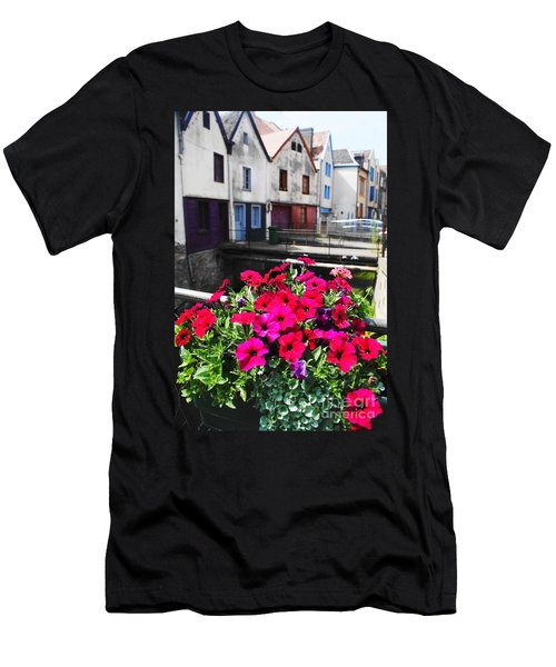 Petunias Of Amiens Men's T-Shirt (Slim Fit) by Therese Alcorn