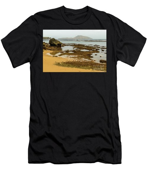 Phillip Island 01 Men's T-Shirt (Athletic Fit)