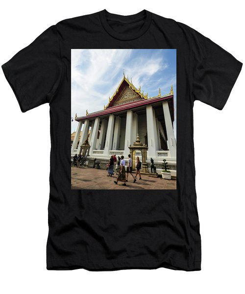 Phra Ubosot At Wat Pho Temple Men's T-Shirt (Athletic Fit)
