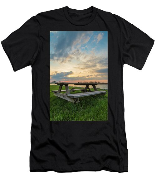 Picnic Time Men's T-Shirt (Athletic Fit)