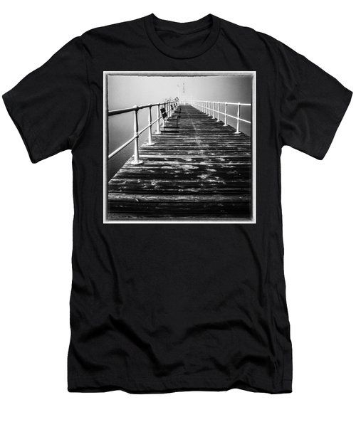 Pier At Pooley Bridge On Ullswater In The Lake District Men's T-Shirt (Athletic Fit)
