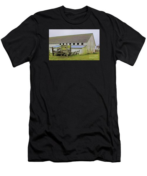 Pierce Pt. Ranch Barn Men's T-Shirt (Athletic Fit)