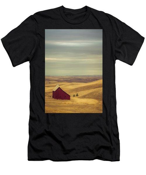 Pillbox Barn Men's T-Shirt (Athletic Fit)