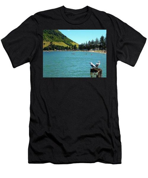 Pilot Bay Beach 5 - Mt Maunganui Tauranga New Zealand Men's T-Shirt (Athletic Fit)