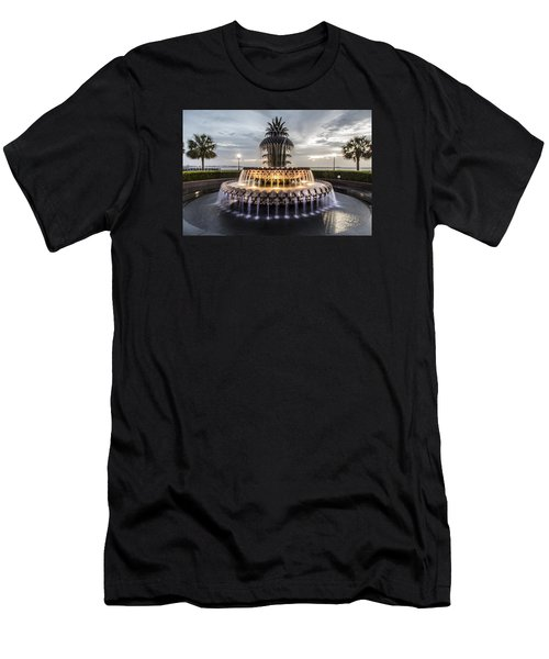 Pineapple Fountain Charleston Sc Men's T-Shirt (Athletic Fit)