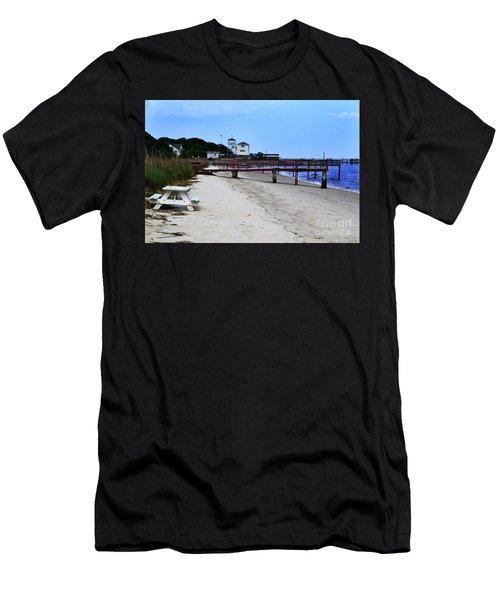 Pink Pier Southport, North Carolina Men's T-Shirt (Athletic Fit)