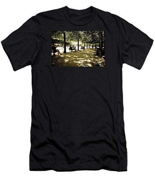 Place De Vosges Men's T-Shirt (Athletic Fit)