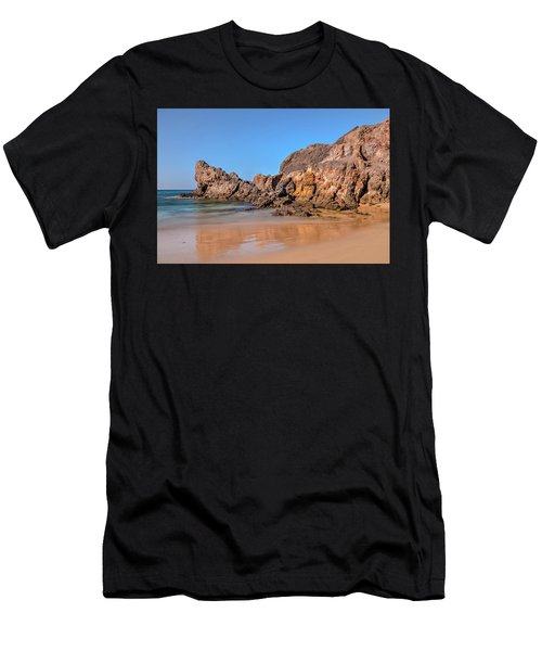 Playa Papagayo - Lanzarote Men's T-Shirt (Athletic Fit)