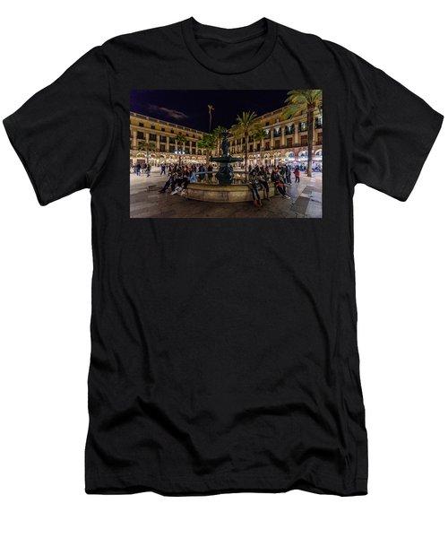 Plaza Reial Men's T-Shirt (Athletic Fit)