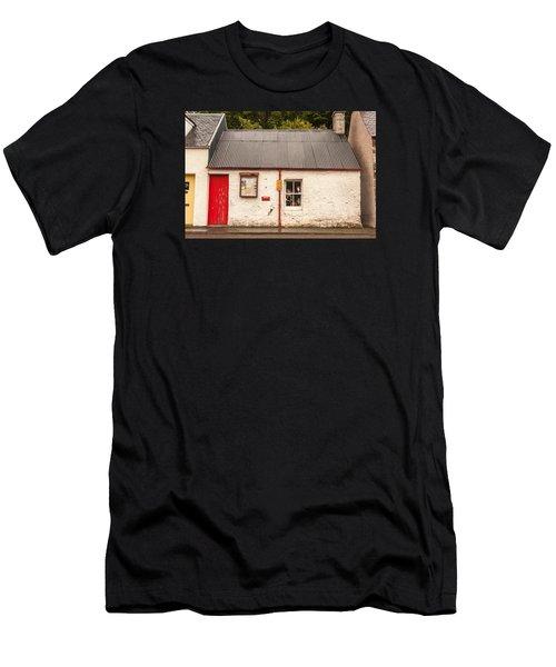 Plockton Cottage Men's T-Shirt (Athletic Fit)