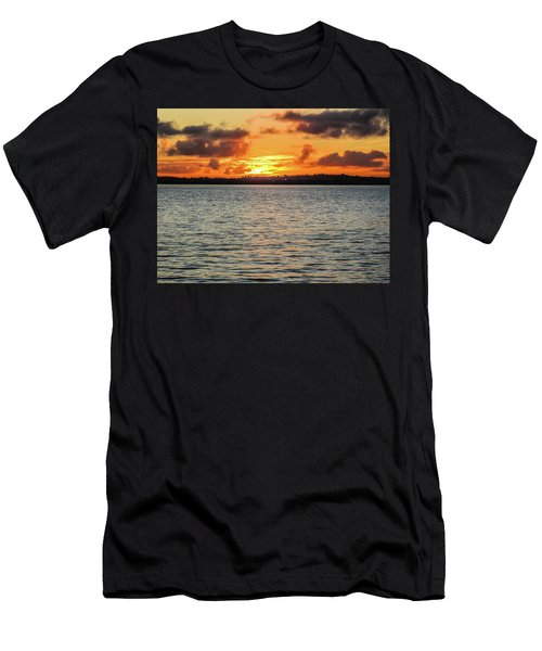 Point Chevalier Beach, Auckland, New Zealand Men's T-Shirt (Athletic Fit)