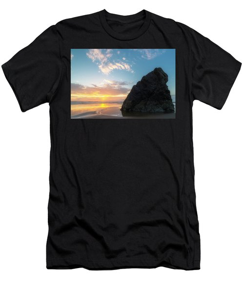 Men's T-Shirt (Slim Fit) featuring the photograph Point Meriwether by Ryan Manuel