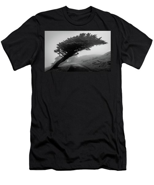 Point Reyes Fog Black And White Men's T-Shirt (Athletic Fit)