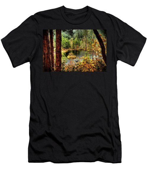 Pond At Golden Or. Men's T-Shirt (Athletic Fit)