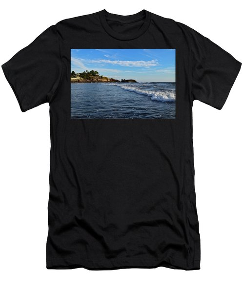 Poneloya Beach Before Sunset Men's T-Shirt (Athletic Fit)