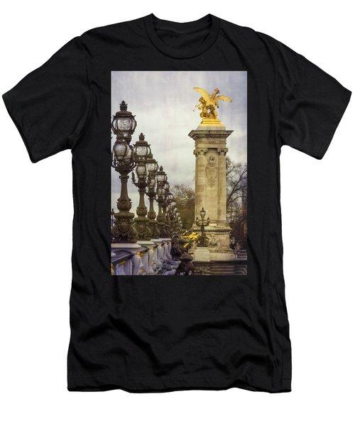Pont Alexandre IIi Paris Men's T-Shirt (Athletic Fit)