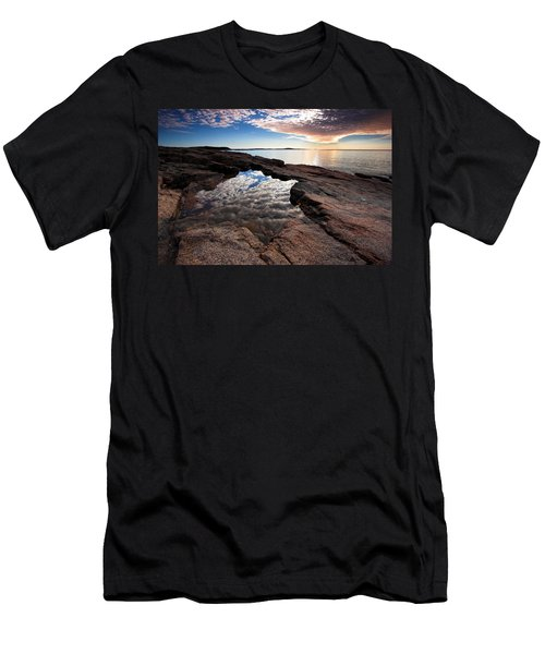 Portal To The Heavens Men's T-Shirt (Athletic Fit)