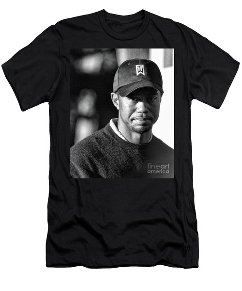 Portrait  Tiger Woods Black White  Men's T-Shirt (Athletic Fit)