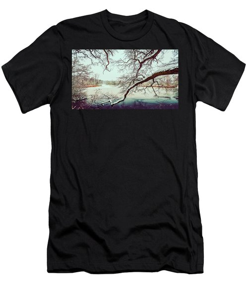 Power Of The Winter Men's T-Shirt (Athletic Fit)