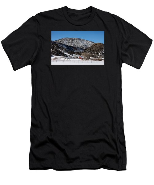 Pretty Red Barns From The Highway Between Aspen And Snowmass Men's T-Shirt (Athletic Fit)