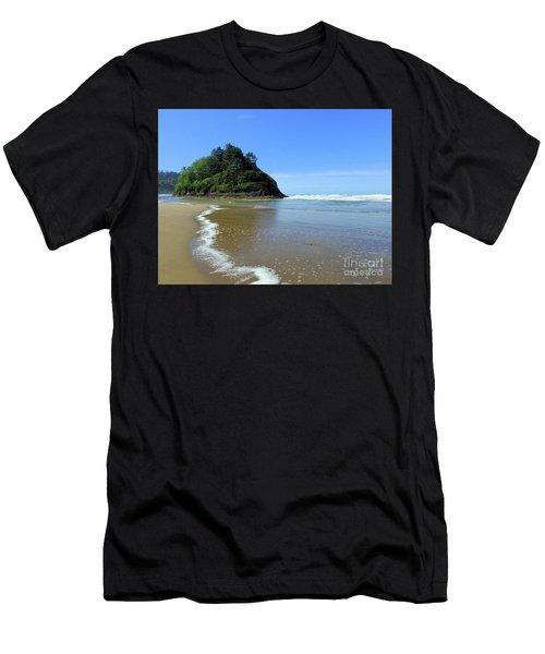 Proposal Rock Coastline Men's T-Shirt (Athletic Fit)