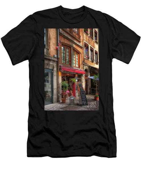 French Cafe Men's T-Shirt (Athletic Fit)