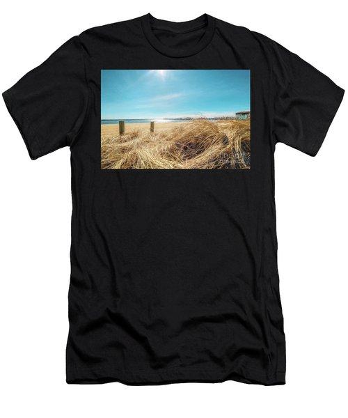 Provincetown Harbor Men's T-Shirt (Athletic Fit)