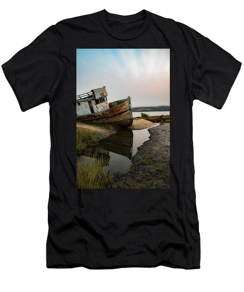 Pt. Reyes Shipwreck 4 Men's T-Shirt (Athletic Fit)