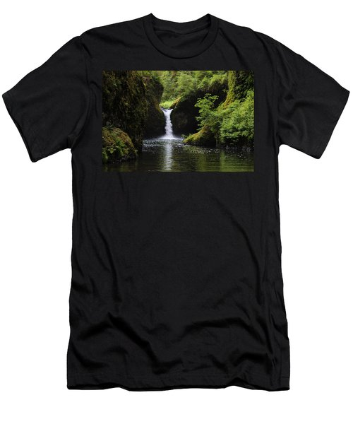 Punchbowl Falls Men's T-Shirt (Athletic Fit)