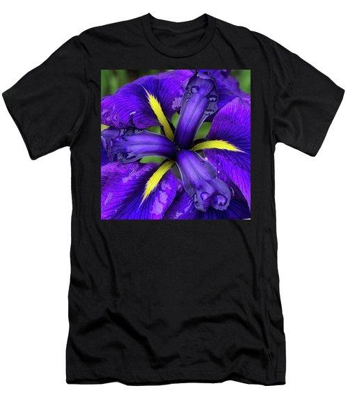 Purple Iris Centre Men's T-Shirt (Athletic Fit)