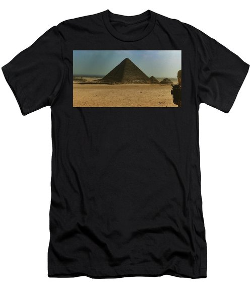 Pyramids Of Egypt Men's T-Shirt (Athletic Fit)