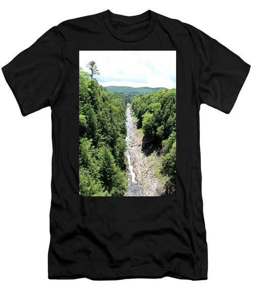 Quechee Gorge Men's T-Shirt (Athletic Fit)