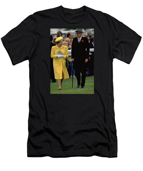 Queen Elizabeth Inspects The Horses Men's T-Shirt (Athletic Fit)