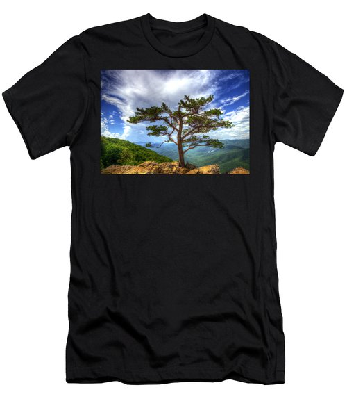 Ravens Roost Tree Men's T-Shirt (Athletic Fit)