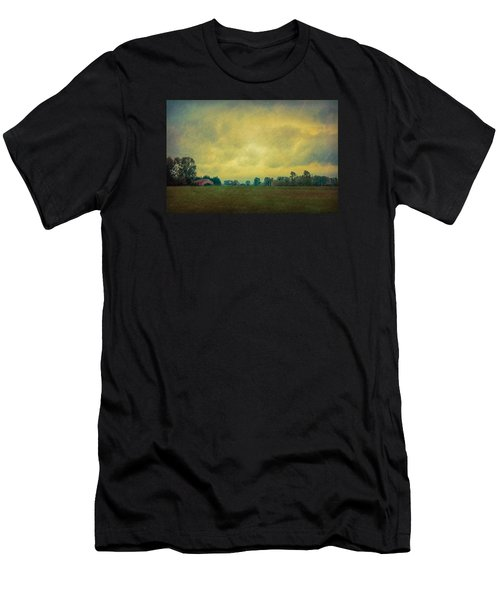 Red Barn Under Stormy Skies Men's T-Shirt (Athletic Fit)