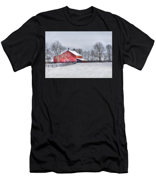 Red Barn Winter Men's T-Shirt (Athletic Fit)